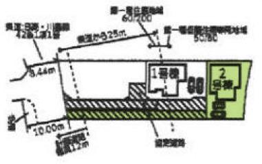 敷地面積134.11平米です。カースペース2台駐車可能です。北西側10m道路に面しており、車が余裕をもってすれ違えます。