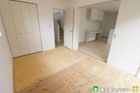 1階6帖の和室です。畳は部屋の湿度を自然に調整して快適な空間にしてくれますよ(2019年9月撮影)
