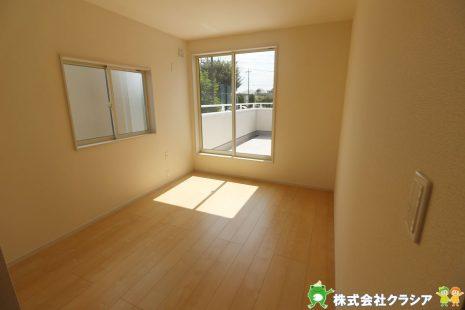 2階6.08帖の洋室です。シンプルな室内はインテリアのアレンジでお部屋の印象が変わりますね(2019年9月撮影)