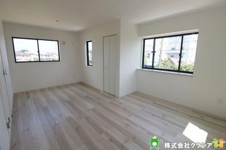 2階10.5帖の洋室です。将来のライフスタイルに合わせて2部屋に間仕切り可能です(2020年8月撮影)