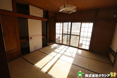1階6帖の和室です。畳は部屋の湿度を自然に調整して快適な空間にしてくれますよ(2021年1月撮影)
